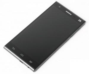 ZTE работает над смартфоном с 4K-экраном